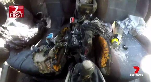 iphone-7-fire-burned-car-03