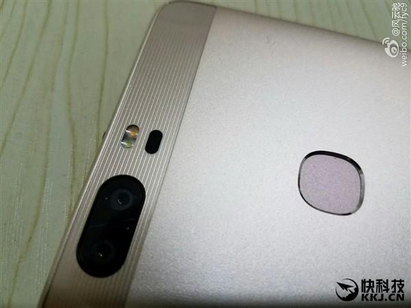 Huawei-honor-v8-leak-dual-camera